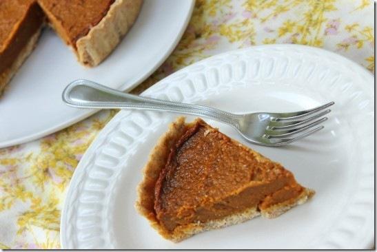 Vegan Pumpkin Spelt Pastry Pie