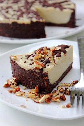 Raw Vanilla White Chocolate Cheesecake (38)